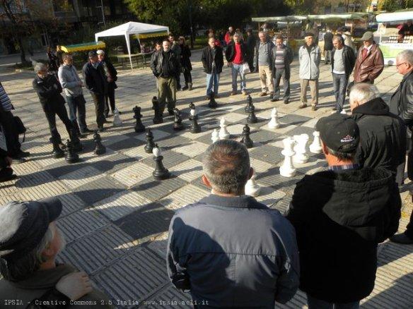 Sarajevo, partita a scacchi, un sabato mattina